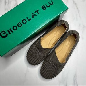 Chocolate Blu Leather Cam 2 Pleated Loafer Flats